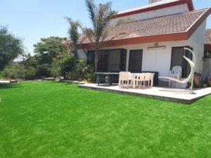 תיקון דשא סינטטי