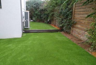 החלפת דשא סינטטי