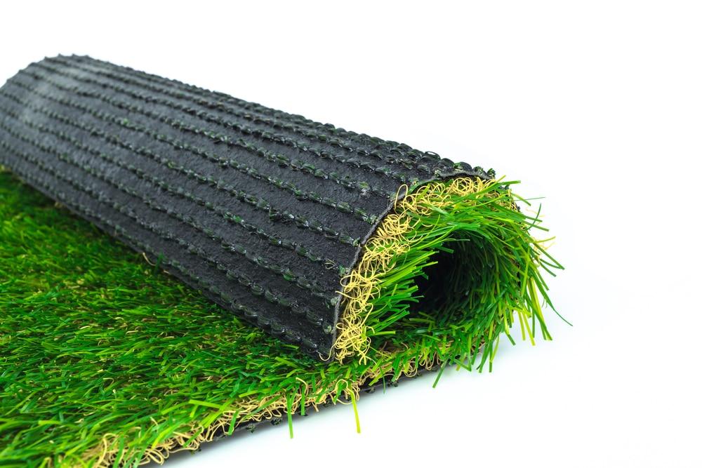 הכנה לדשא סינטטי