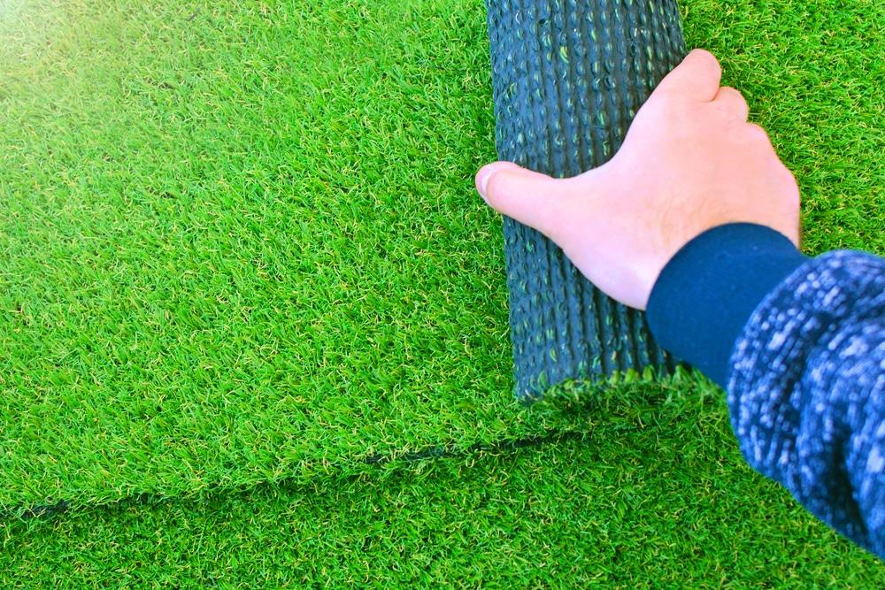איך מתקינים דשא סינטטי